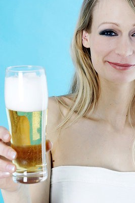 在预防白斑(白癜风)疾病上饮食要忌口吗?