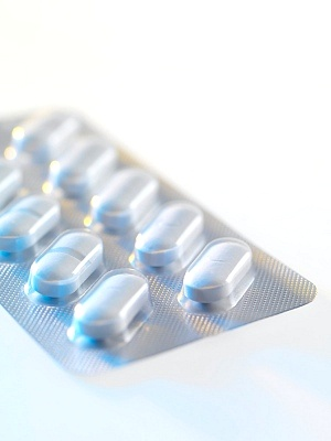 白斑(白癜风)患者选药时要注意什么?